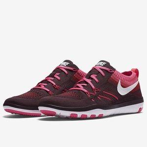 Nike Free TR Focus Flyknit Women's Sneakers